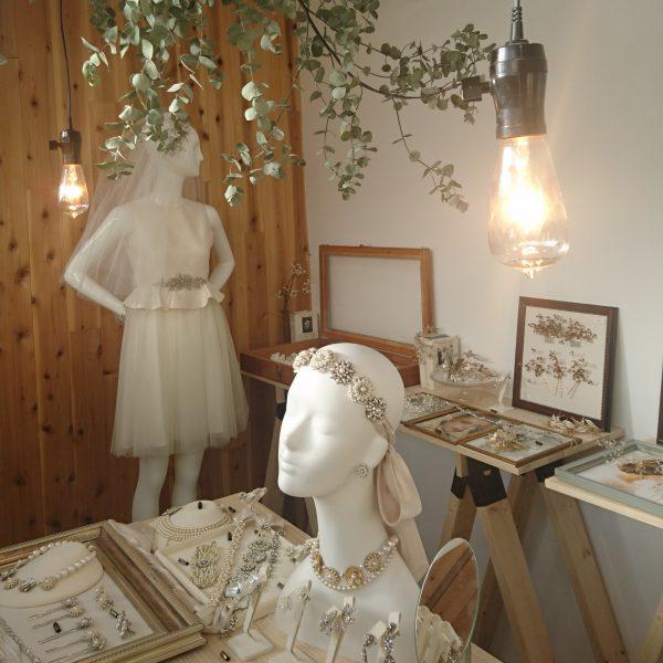 一番人気の「VIOLETヘッドドレス」 こちらをお目当てにご来店くださったお客様も沢山いらっしゃいました♪